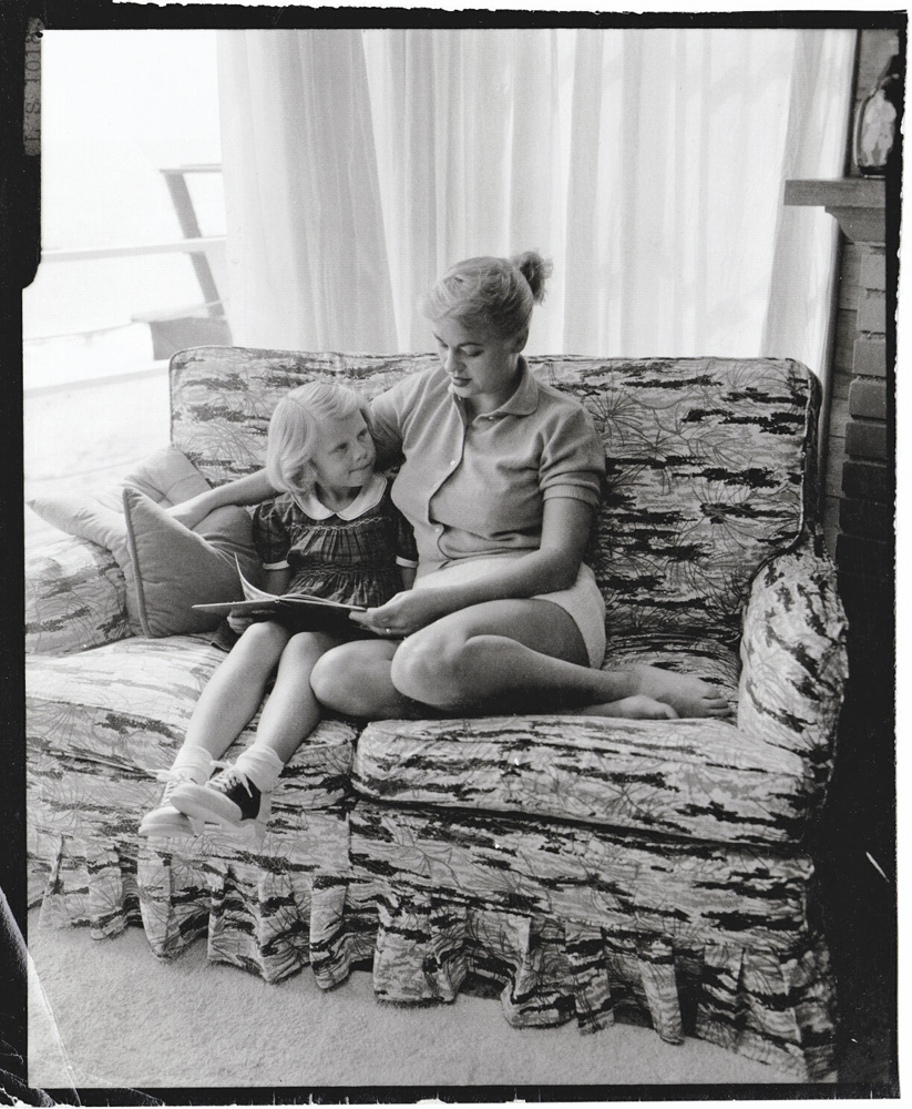 Jeri Southern and daughter Kathryn, circa 1954